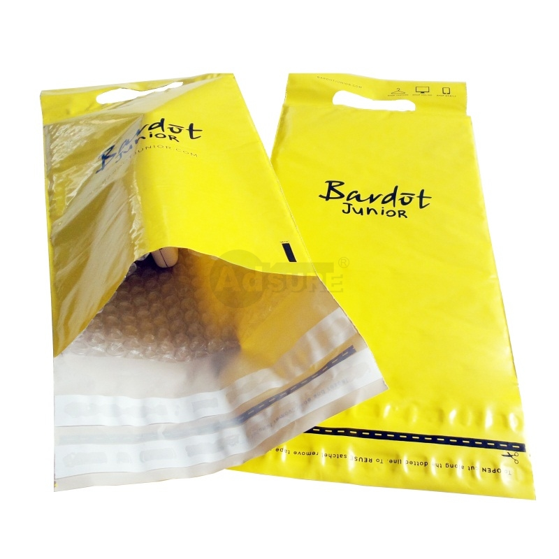 Custom poly bubble mailers with handle