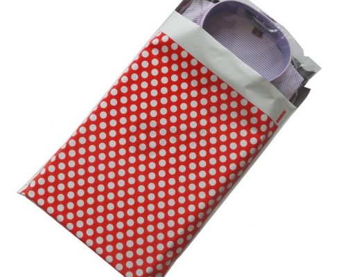 red polka dot desig poly mailers