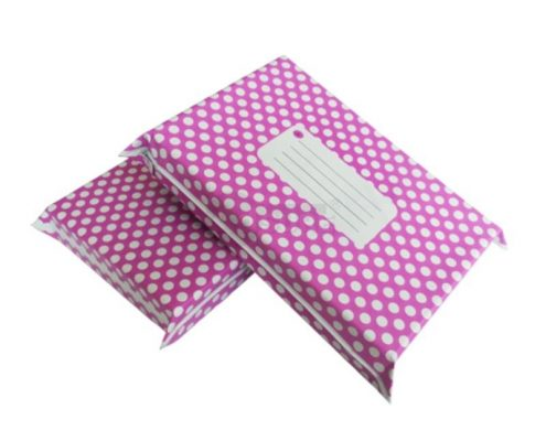 puple polka dot design poly mailers